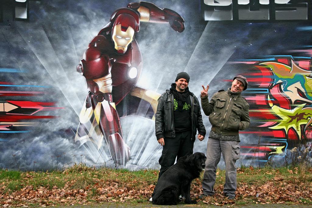 Markus, Jimmi und Hündin Umka besuchen Ironman in Woltmershausen